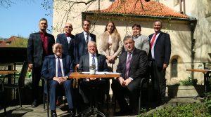 V Praze dnes byly podepsány smlouvy o spolupráci mezi Platformou CEEInno a Platform Industrie 4.0 Österreich